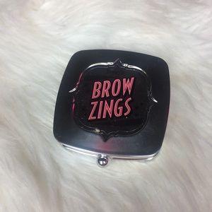 Benefit brow zing in #3